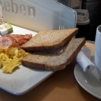 Bacon & Eggs - blueorange - Wien