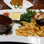 250g Tender Loin, Princess Beans, clocktower crispy Fries - Clocktower American Bar & Grill - Wien-Süd - Brunn am Gebirge