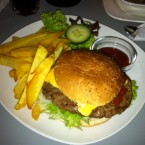 Manhatten Burger - Sly & Arny - Wien