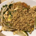 Pad Thai Gai - Thai Isaan Kitchen - Wien