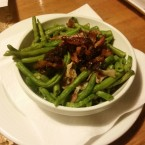French Beans Speckfisolen mit Knoblauch - Rocky Docky's Western-Steak-House - Wien
