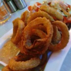 ClockTower - Onion Rings (EUR 6,80) - Clocktower American Bar & Grill - Wien-Süd - Brunn am Gebirge