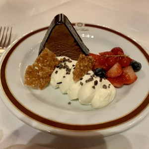 Sacher-Parfait, tadellos - Sacher Rote Bar - Wien