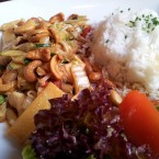 Cashew Chicken - New Point Restaurant - Wien