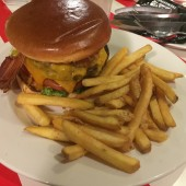 Bacon Cheeseburger - TGI Friday's - Wien