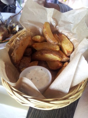 Large Chips with Garlic Aioli - O'Connors Old Oak - Wien