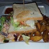 Club Sandwich - Clocktower American Bar & Grill - Wien-Süd - Brunn am Gebirge