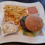 Half Pound Burger - Clocktower American Bar & Grill - Wien-Süd - Brunn am Gebirge
