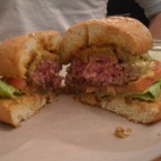Burger medium - Chiq Chaq im Theatercafé - Wien