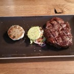 Rib Eye Steak 300 Gramm - HUTH Grillhouse da max - Wien