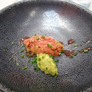 Flying Breakfast: Beef Tartar mit Avocadocreme - Labstelle Wien - Wien