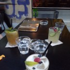 Sehr gute innovative Cocktailkreationen, alternativ dekoriert - Luster Bar - Wien