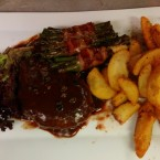 pepper steak, speckfisolen, potatoe wedges - New York American Bar & Grill - Klagenfurt