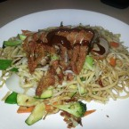 Fried Noodles with Crispy Duck - Bento - Wiener Neudorf