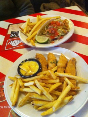 BBQ Burger Taco and Chicken fingers - TGI Friday's - Wien