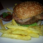 Chilli Burger - La Ville Tennis Club - Wien