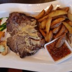T-Bone Steak 800 Gramm - Clocktower American Bar & Grill - Wien-Süd - Brunn am Gebirge