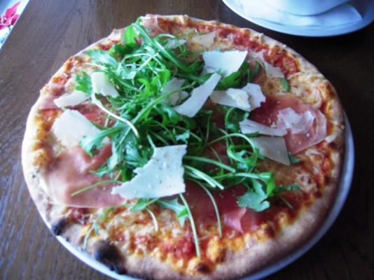 Pizza Prosciutto - Galliano - Graz